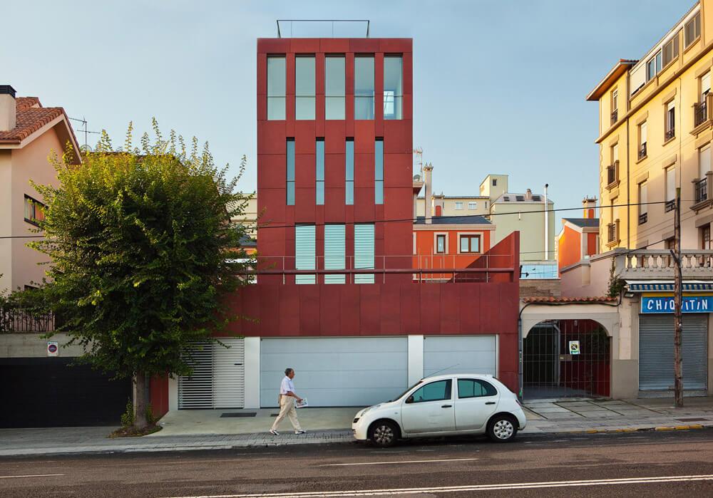 Mercedes House in Garden City, A Coruña, Spain, CREUSeCARRASCO Arquitectos